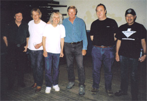 Peter Barron (drums), Brian Hodgson (bass), Albert Lee, Guy Mackenzie, Gavin Povey (piano) and Gerry Hogan