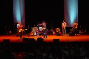 Dave Edmunds in concert